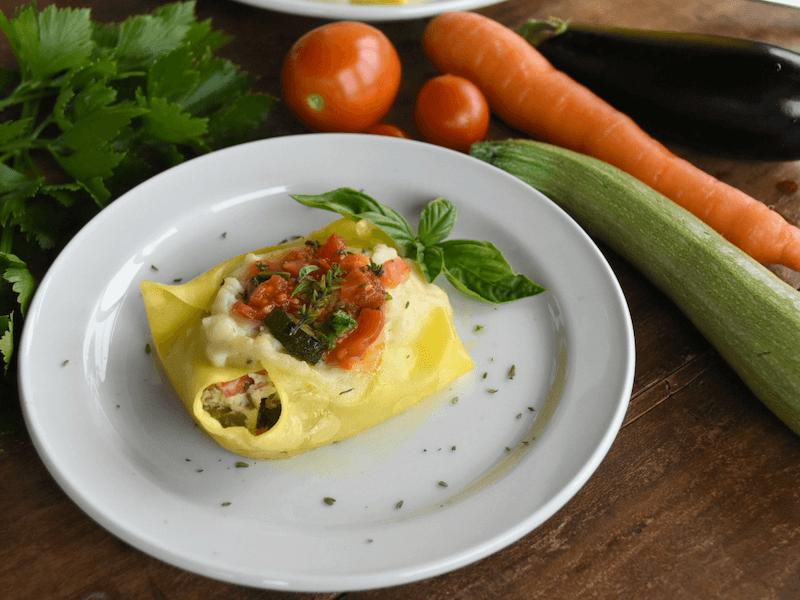 Fagottini di pasta fresca con verdure